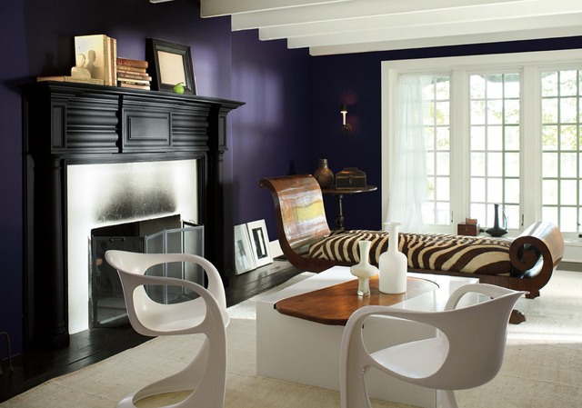 JOHN BESSLER/BENJAMIN MOORE Shadow, a deep saturated purple, is Benjamin Moore's 2017 Color of the Year.