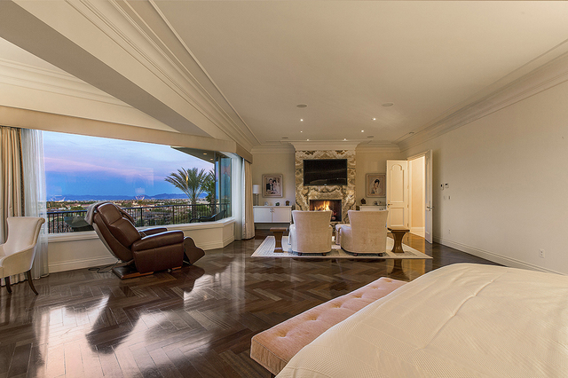 4 4m Las Vegas Home Was Designed With Flair To Spare Las Vegas Review Journal