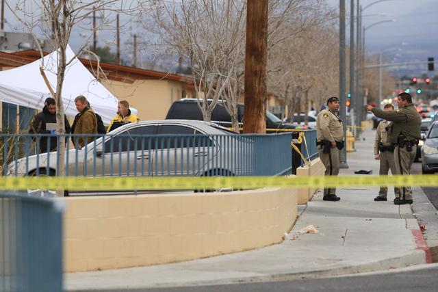 Las Vegas police work the scene of a double homicide on West Washington Avenue in Las Vegas on Thursday, Jan. 19, 2017. (Brett Le Blanc/Las Vegas Review-Journal) @bleblancphoto