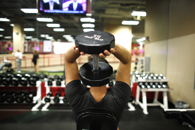 Carlos Bermudez, a flight attendant for Sprint, works out at the Zero Level Fitness and Wellness gym at McCarran International Airport in Las Vegas on Monday, Jan. 23, 2017. (Rachel Aston/Las Vega ...