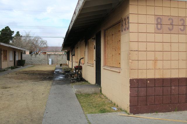 The remains of a fatal fire on Lake Mead Boulevard in Las Vegas on Thursday, Jan. 19, 2017. Brett Le Blanc/Las Vegas Review-Journal Follow @bleblancphoto