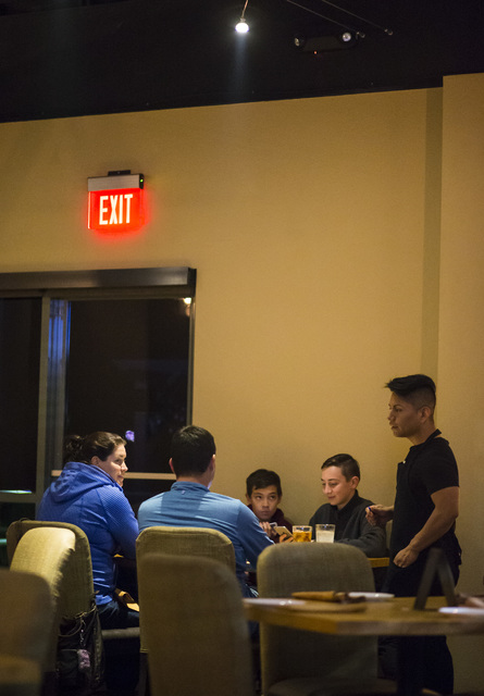 Manager Francisco Vazquez, right, takes an order at Gaati Thai Kitchen in Henderson on Friday, Jan. 20, 2017. (Chase Stevens/Las Vegas Review-Journal) @csstevensphoto