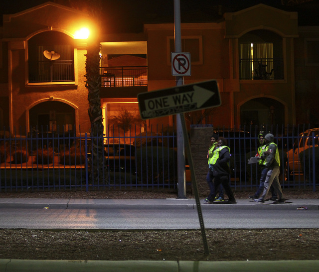 Volunteers and Las Vegas police search for homeless people along Owens Avenue during the Southern Nevada Homeless Census in downtown Las Vegas on Tuesday, Jan. 24, 2017. (Chase Stevens/Las Vegas R ...