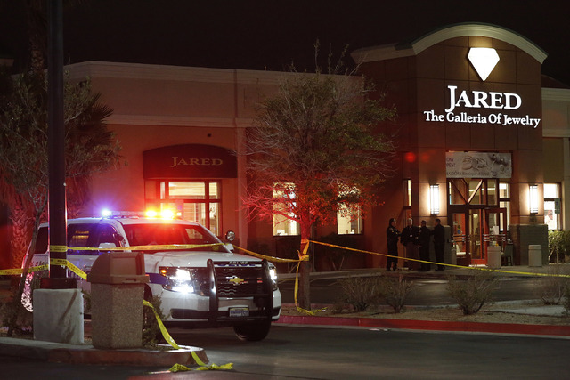 One person shot killed in armed robbery at Henderson jewelry store