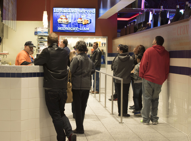 Customers line up during lunch hour at the Las Vegas Strip White Castle on 3411 S. Las Vegas Blvd. on Wednesday, Jan. 25, 2017. (Heidi Fang/Las Vegas Review-Journal) @HeidiFang