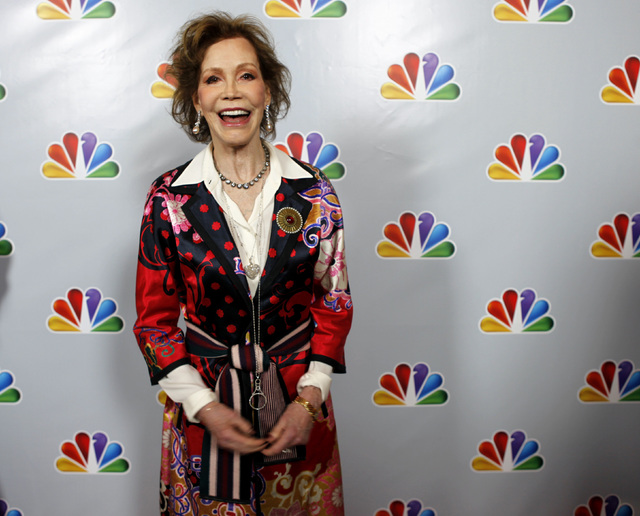 """Actress Mary Tyler Moore arrives for the taping of """"Betty White's 90th Birthday: A Tribute to America's Golden Girl"""" in Los Angeles January 8, 2012. (Sam Mircovich/Reuters)"""