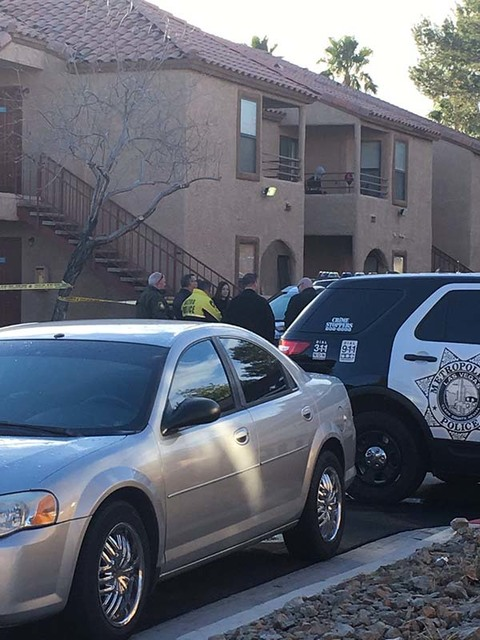 The Metropolitan Police Department is investigating a homicide at Villa Del Rio apartments in southeast Las Vegas, Monday morning, Jan. 23, 2017. (@LawrenLinehan/Twitter)