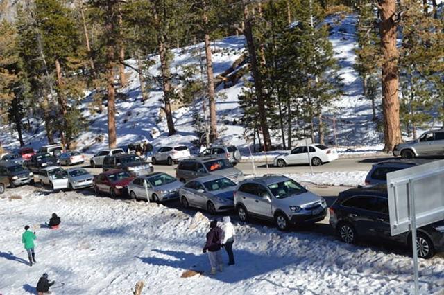 People play in the snow in Lee Canyon on Mount Charleston in December 2014 (Mount Charleston Winter Alliance)