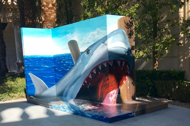 One of three Trick Eye Experience murals is seen at Monte Carlo Resort and Casino on Friday, January 27, 2017. (Caitlin Lilly/Las Vegas Review-Journal)