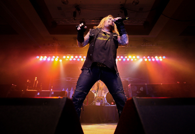 Vince Neil, formerly of Motley Crue, plays a New Year's Eve concert at the East Side Cannery hotel-casino on Saturday, Dec. 31, 2016. (Brett Le Blanc/Las Vegas Review-Journal) Follow @bleblancphoto