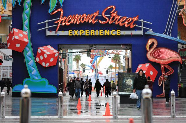 Pedestrians walk along the Fremont Street Experience in Las Vegas on Thursday, Jan. 12, 2017. Brett Le Blanc/Las Vegas Review-Journal Follow @bleblancphoto