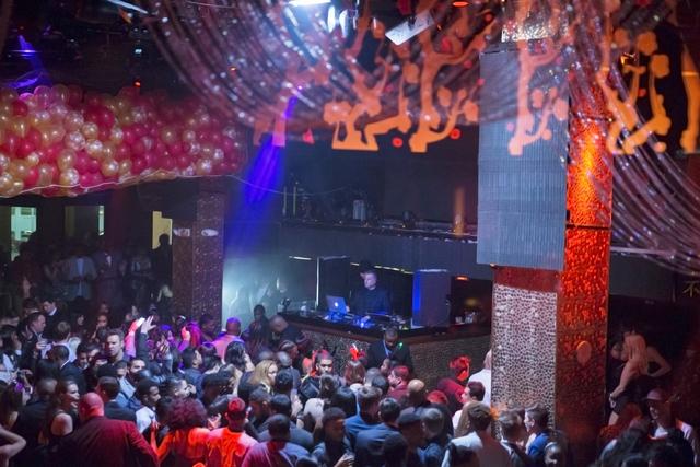Party goers pack Tao at Venetian hotel-casino on Saturday, Dec. 31, 2016, on New Year's Eve, in Las Vegas. Benjamin Hager/Las Vegas Review-Journal