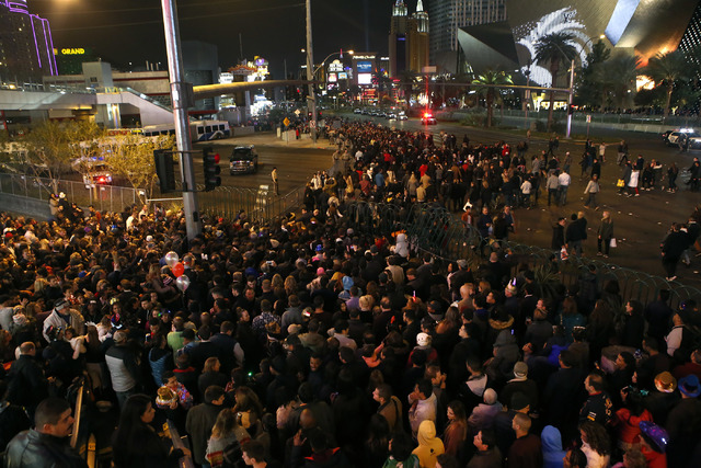 People gather on New Year's Eve 2017 at the the Strip on Saturday, Dec. 31, 2016, in Las Vegas. (Christian K. Lee/Las Vegas Review-Journal) @chrisklee_jpeg