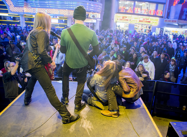 Members of Alter Ego performs to revelers at First Street Stage Saturday, Dec. 31, 2016, during America's Party on Fremont Street. Jeff Scheid/Las Vegas Review-Journal Follow @jeffscheid