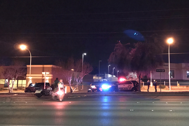 An accident happened just before 7 p.m. at East Sahara and Burnham avenues near Eastern Avenue. (Rio Lacanlale/Las Vegas Review-Journal)
