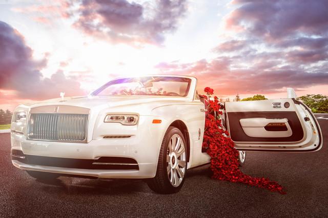 Rolls-Royce. (Matthew Schenk)