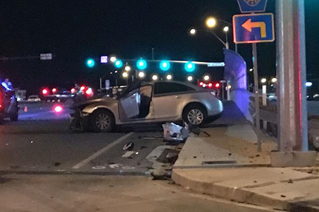 1 woman dead after crash at 215 Beltway, Aliante | Las Vegas Review