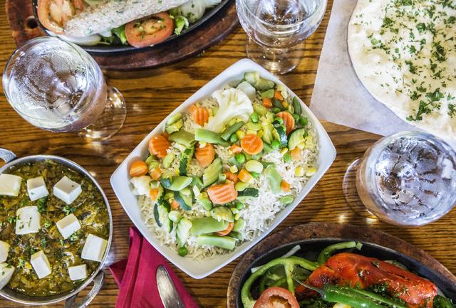 Vegetable rice, tandoori chicken, garlic naan, saag paneer and sheek lamb kabab at Angara Indian Spice Grill on Saturday, Feb. 18, 2017, in Las Vegas. (Benjamin Hager/Las Vegas Review-Journal) @be ...