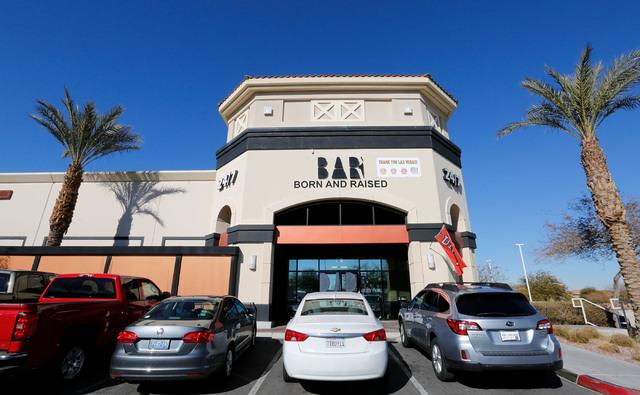 Bar Born and Raised on S. Cimarron Road in Las Vegas, Sunday, Jan. 29, 2017. (Chitose Suzuki/Las Vegas Review-Journal) @chitosephoto