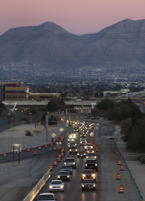 Motorists travel along Summerlin Parkway in Las Vegas on Thursday, Jan. 26, 2017. (Chase Stevens/Las Vegas Review-Journal) @csstevensphoto