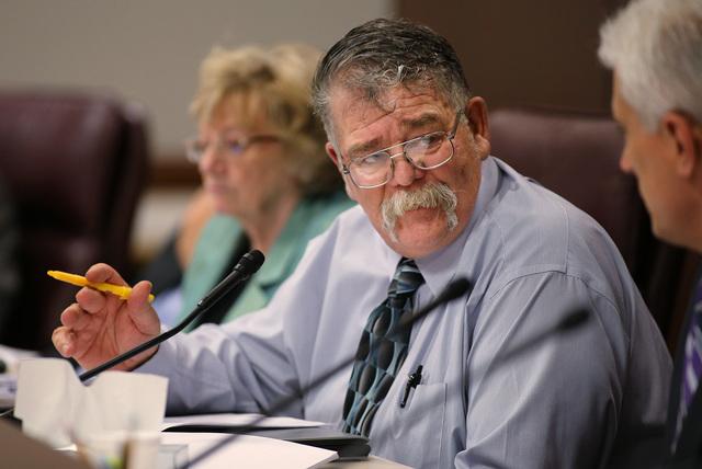 Nevada Sen. Pete Goicoechea, R-Eureka, works in a Senate Finance committee hearing at the Legislative Building in Carson City, Nev., on May 29, 2015. (Cathleen Allison/Las Vegas Review-Journal)