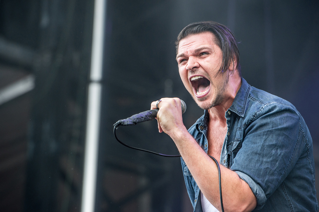 Adelitas way invisible on virgin records