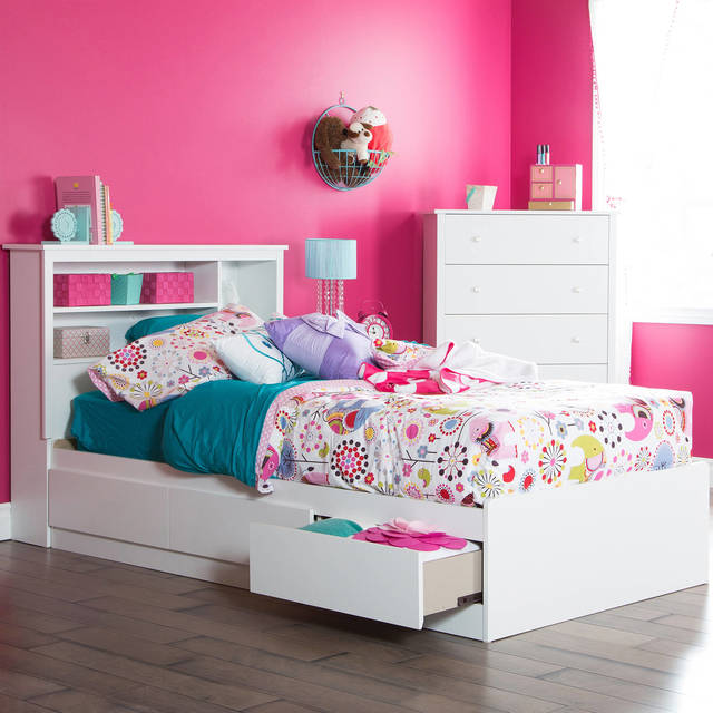 COURTESY The white furniture offers plenty of storage and can be used as the child grows.