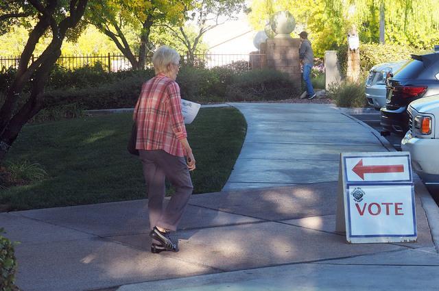 Nancy Kalagian leaves Willows Community Center after voting in Las Vegas, Nov. 8, 2016. (Jerry Henkel/Las Vegas Review-Journal)