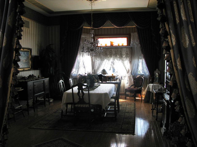 Bob and Sharon Larson don't entertain as much as they once did, but the interior of their Victorian Home on Frenchman Mountain still looks like it's ready for the task. (F. Andrew Ta ...