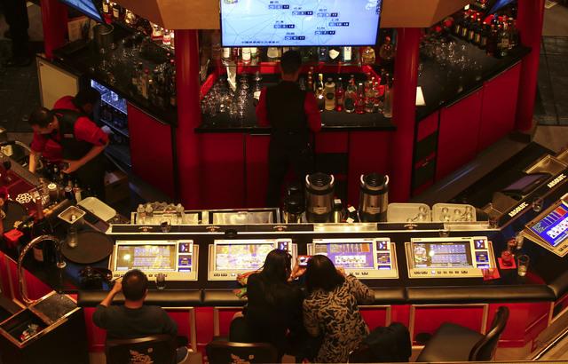 Luckiest gambling in las vegas reviews vegas lucky internet casino