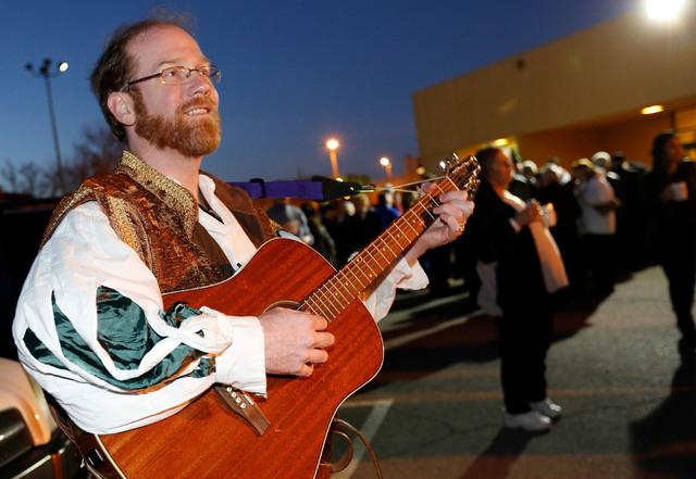 Musician Arles Estes of Las Vegas performs during a medieval feast at UNLV Catholic Newman Center in Las Vegas, Sunday, Jan. 29, 2017. (Chitose Suzuki/Las Vegas Review-Journal) @chitosephoto