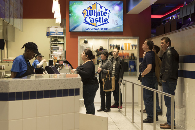 People line up and order at White Castle (located at 3411 S. Las Vegas Blvd.) on the Las Vegas Strip during lunch hour on Wednesday, Jan. 25, 2017. (Heidi Fang/Las Vegas Review-Journal) @HeidiFang