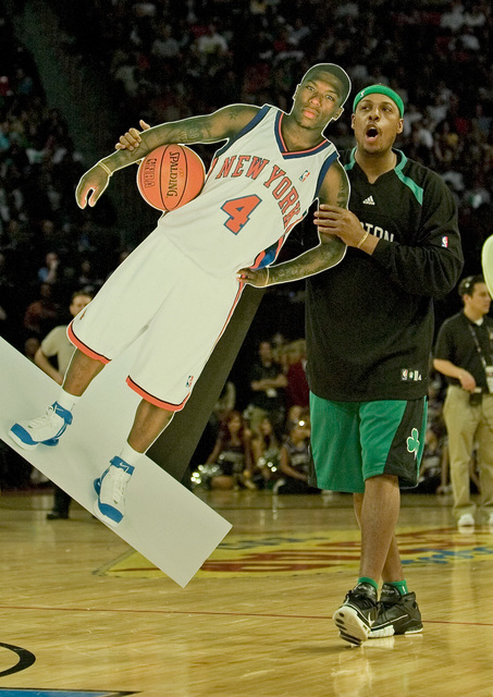 Paul Pierce holds up a cardboard cutout of Nate Robinson during the NBA All-Star Slam Dunk contest at the Thomas & Mack Center in Las Vegas Saturday, Feb. 16, 2007. (John Locher/Las Vegas Revi ...