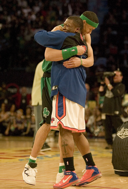 Gerald Green and Nate Robinson embrace during the NBA All-Star Slam Dunk contest at the Thomas & Mack Center in Las Vegas Saturday, Feb. 16, 2007. Green placed first and Robinson placed second ...