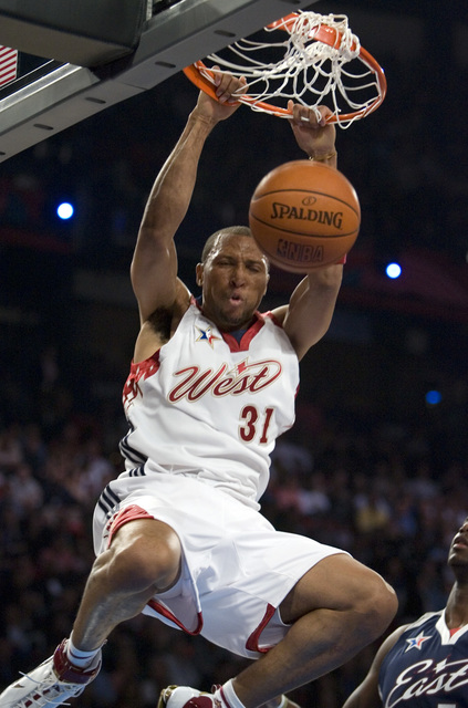 West forward Shawn Marion of Phoenix dunks during the NBA All-Star Game at the Thomas & Mack Center Sunday, Feb. 18, 2007. (K.M. Cannon/Las Vegas Review-Journal)