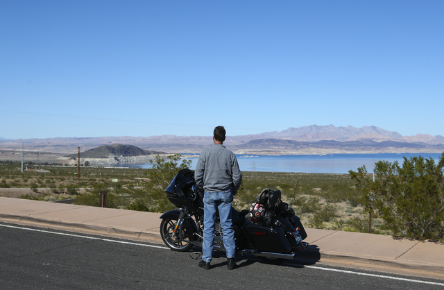 A man takes in a view of Lake Mead National Recreation Area on Tuesday, Feb. 14, 2017. Chase Stevens/Las Vegas Review-Journal) @csstevensphoto