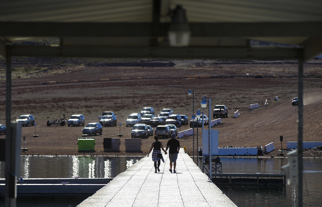 People at Las Vegas Boat Harbor at Lake Mead National Recreation Area on Tuesday, Feb. 14, 2017. Chase Stevens/Las Vegas Review-Journal) @csstevensphoto