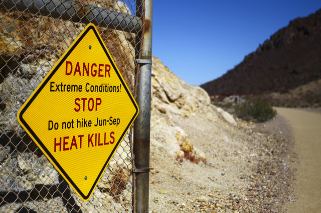 A warning sign at the start of the Historic Railroad Trail at Lake Mead National Recreation Area on Tuesday, Feb. 14, 2017. (Chase Stevens/Las Vegas Review-Journal) @csstevensphoto