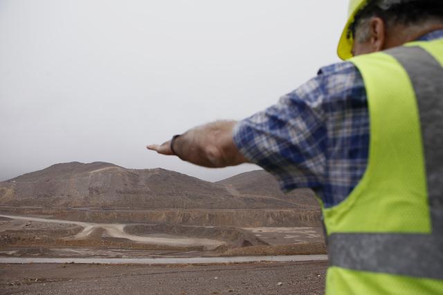 General Manager of Apex Regional Landfill Mark Clinker, 60, speaks about the landfill on Friday, Jan. 20, 2017, in Las Vegas. (Christian K. Lee/Las Vegas Review-Journal) @chrisklee_jpeg