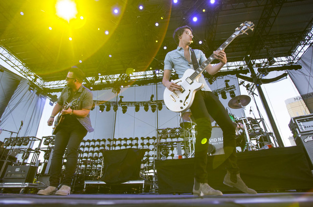 American country music artist David Nail, left, performs with his band on Day 3 of the Route 91 Harvest country music festival at the Las Vegas Village on Oct. 2, 2016. (Richard Brian/Las Vegas Re ...