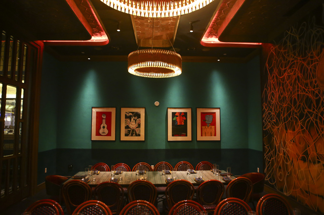 Sugarcane raw bar grill offers menu with a global view las vegas review journal - Private dining rooms las vegas ...
