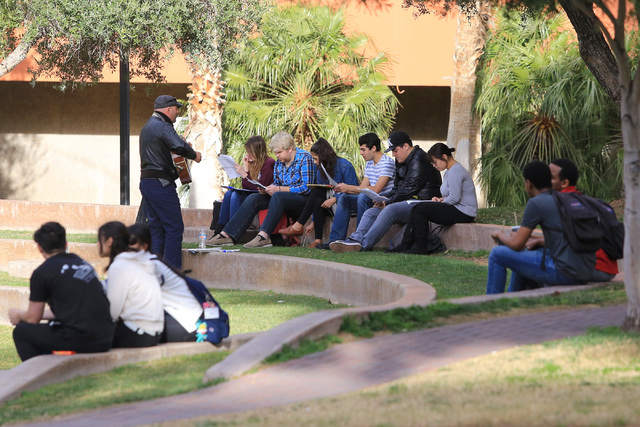 An Italian class is held outside at UNLV on Thursday, Feb. 9, 2017, in Las Vegas. Friday's high temperature will be in the 70s. Brett Le Blanc/Las Vegas Review-Journal Follow @bleblancphoto