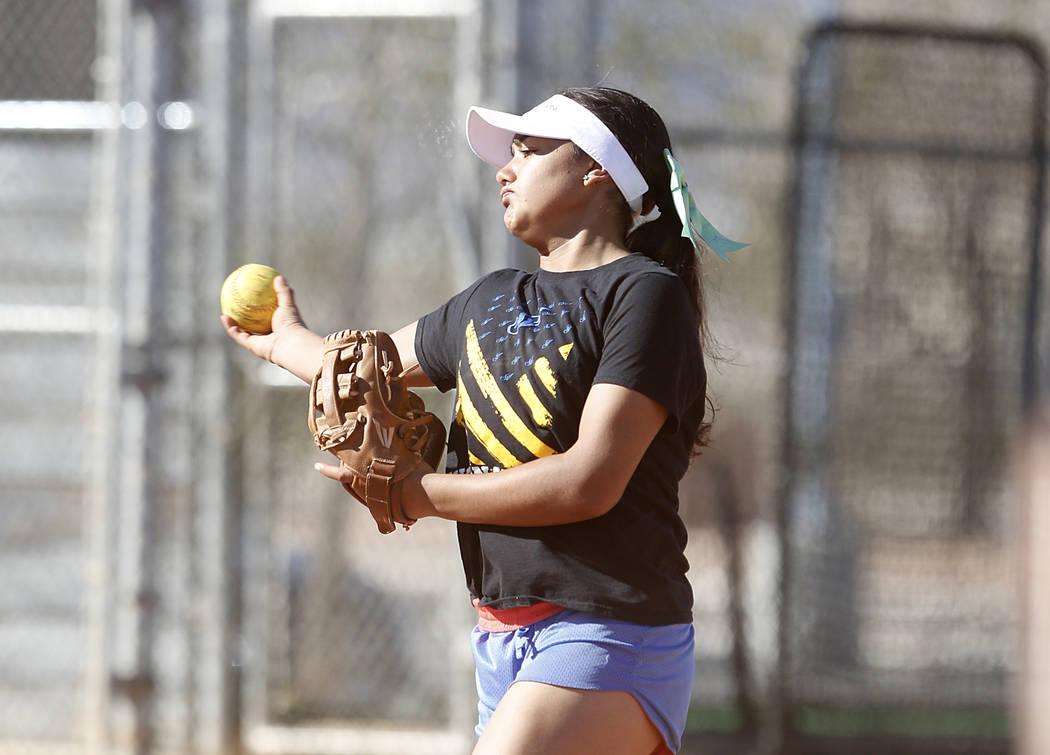 Sierra Vista High's Ryan Watkins throws the ball during team's practice on Friday, March 3, 2017, in Las Vegas. (Bizuayehu Tesfaye/Las Vegas Review-Journal) @bizutesfaye