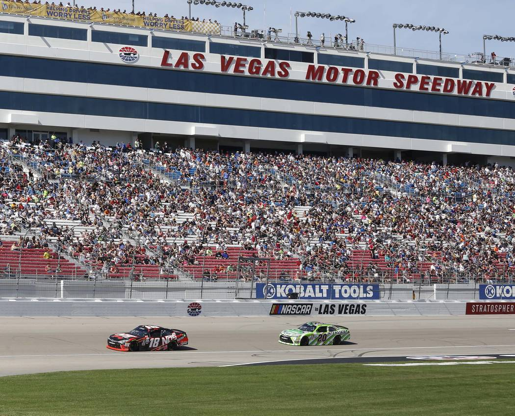 Kobalt 400 drivers address nascar pit lane speed traps for La motors las vegas