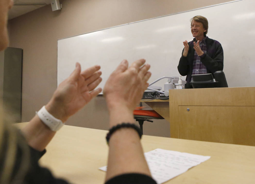 Instructor David Kelsey, 52, right, signs to a class at Nevada State College on Wednesday, March 8, 2017, in Henderson. The college will be the first school in the state to offer a bachelor&#x2019 ...