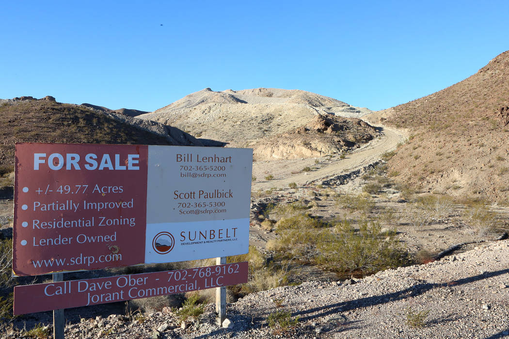 A for sale sign on Lorin Williams Parkway on Thursday, Jan 26, 2017, where Las Vegas Paving, a contractor and big landowner, had acquired almost 50 acres at Lake Las Vegas in Henderson. The contra ...