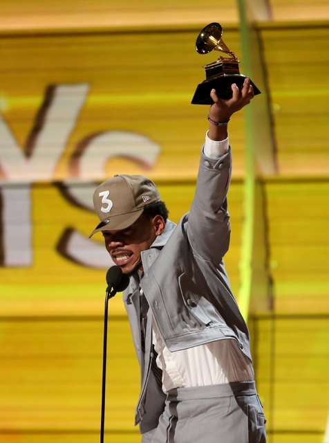 Chance the Rapper accepts the Grammy for Best New Artist at the 59th Annual Grammy Awards in Los Angeles, California, U.S. , February 12, 2017. REUTERS/Lucy Nicholson