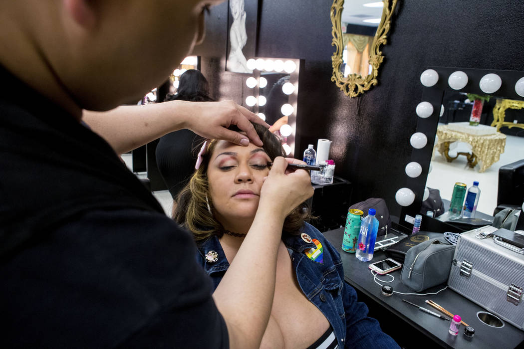 Babydoll Beauty Couture head makeup artist Rudy Gamponia works on model Jessica Talamantes at the new salon catering to plus-sized women located on North Decatur Blvd. and West Lake Mead Blvd., La ...