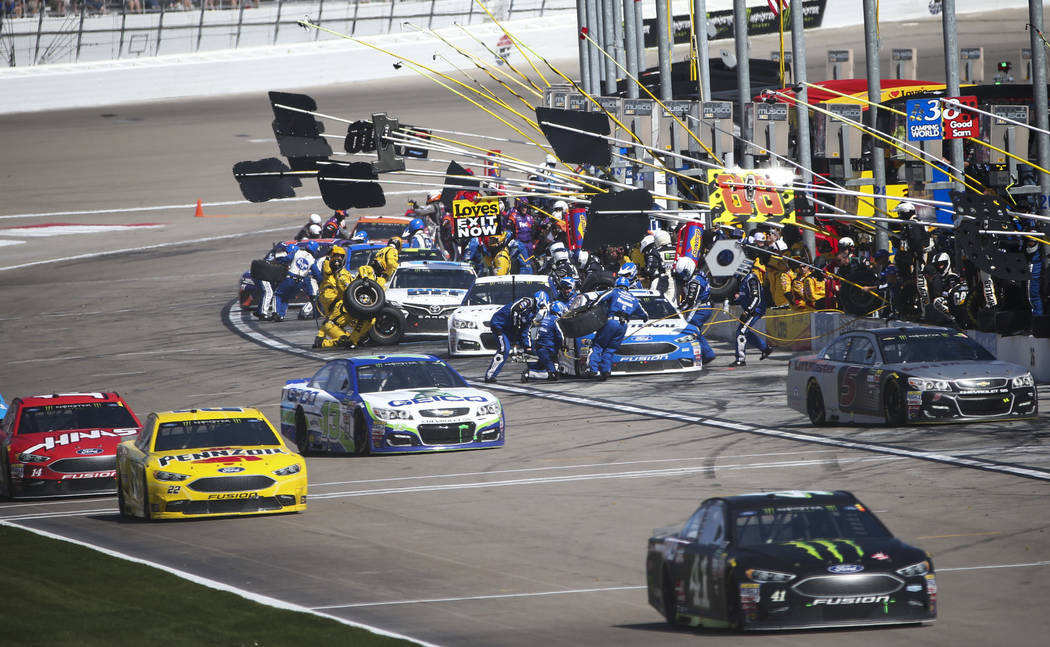 Day Of Thunder Roars At Las Vegas Motor Speedway For