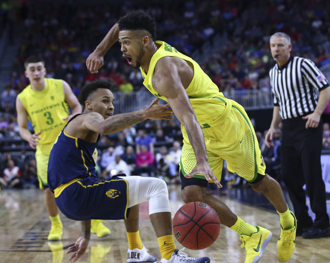 Oregon guard Tyler Dorsey (5) drives against California during the Pac-12 Conference basketball tournament semifinals at the T-Mobile Arena in Las Vegas on Friday, March 10, 2017. Oregon defeated  ...